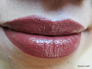 Maybelline SuperStay Lipcolor,Sienna 795 raed my review http://www.srinjla.com/2013/09/lipstick-challenge-day26-maybelline.html#.Ul2OYRaXulJ