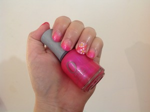 Pink gradient nails with pretty daisies Orly oh cabana boy The edge seashell The edge white China glaze orange knockout Barry m yellow