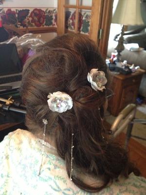 Bridal hair long hair up do