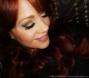 This is an everyday wearable metallic look using the Nyx Crimson Amulet Collection palette. :-)