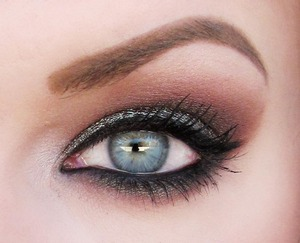 "A look using the duochrome shadow ""Dino Spotz"" from Glamour Doll Eyes"