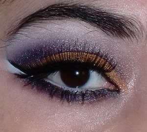 Gold Purple look (Srry if its disturbing but i don't tweeze my brows)