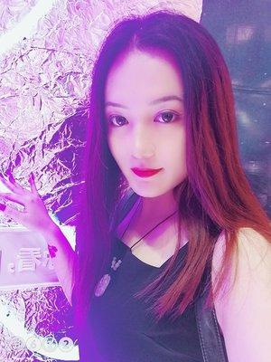 Qinglin Y.