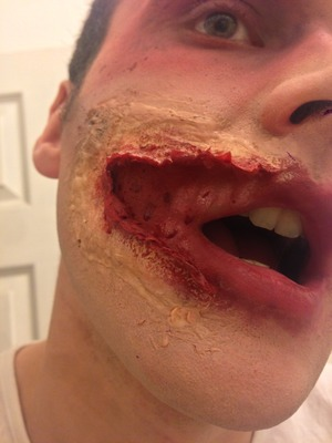SFX split lip