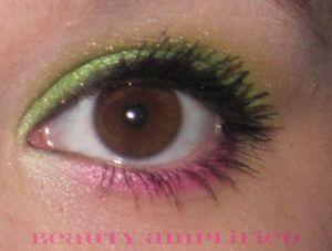 Nicki Minaj SuperBass Video Eye Look