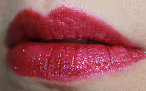 Milani Haute Flash Full Coverage Shimmer Lipgloss In In A Flash