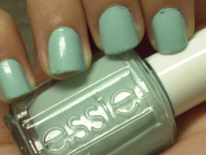 Essie- Mint Candy Apple.
