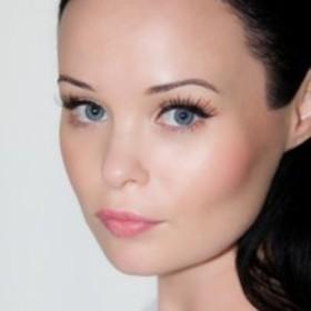 Claire-Schultz.com - Expert Advice For Cosmetic Connoisseurs