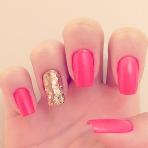 Matte Pink and Gold Glitter Nails!