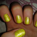 Pretty Yellow Nails
