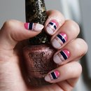 Hilfiger inspired stripe nails