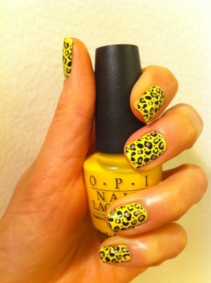 Im not big fan of leopard print but I had to go with trend :)