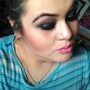 smokey eyes using naked palette