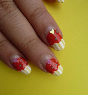 Cupcake nails! Tutorial; http://nailsbystephanie.blogspot.com/2011/10/tutorial-cupcake-nails.html