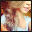 Soft curls.💕