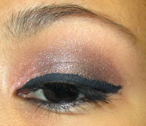 http://ahintofbeauty.blogspot.com/2014/01/valentines-day-look-1.html