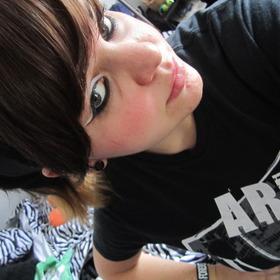 older looks;