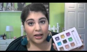 TODAY ONLY URBAN DECAY+RED CROSS + Deluxe Eye Shadow Review