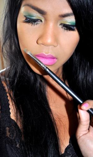Nicki Minaj's Super bass inspired makeup look