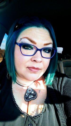 New blue glasses. Eyeshadow used: bottom row of Viseart Grande Pro Volume 1.