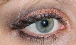 Another look created with the tarte for True Blood palette =)