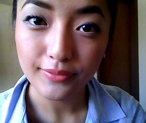 Nxy Cobalt Blue Gel Eyeliner; NYX Cherry Cheesecake lipgloss; Tarte Mascara; Sonia Kashuk eyebrow pencil. XOXOX