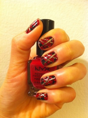red, black & gold remind me the holiday!