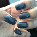 <3 Dark gray nails <3