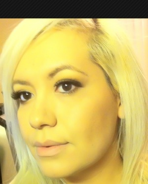 shopping makeup look