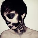 Skeleton Looks1