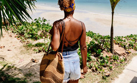 10 beach bag beauty must-haves