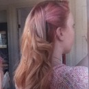 pink roots and blonde hair, different!