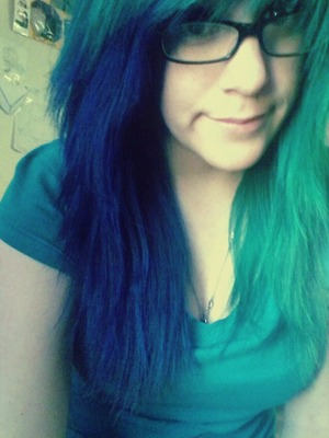 half blue half green <3 Adore Indigo Blue and Punky Colours Alpine Green