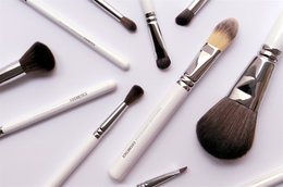 Everything You Need to Know About Vegan Makeup Brushes