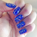 Royal blue nails caviar gold