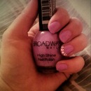 Broadway nails Easter Annie