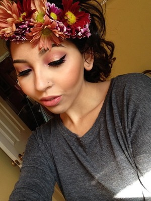 practicing flower crowns for my sisters baby shower, and fxkn around w my makeup shtuff