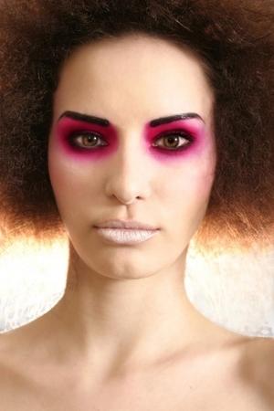 avant garde, fuchsia eyeshadow, cranberry eyeshadow, neutral lip, natural hair