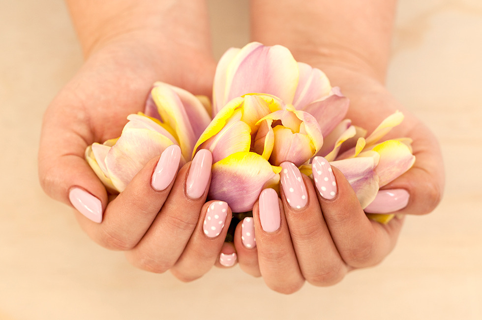 Test Drive: Gel Nails At Home | Beautylish