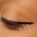 Simple liner look