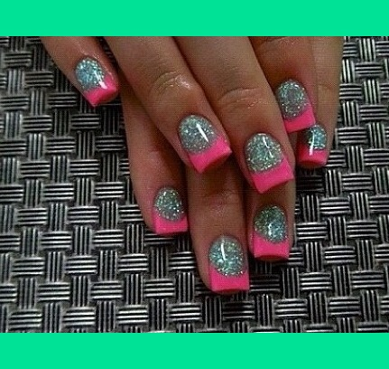 Hot Pink Tips Amp Silver Glitter Bed Stephanie K S