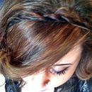 hair twist band, messy curls