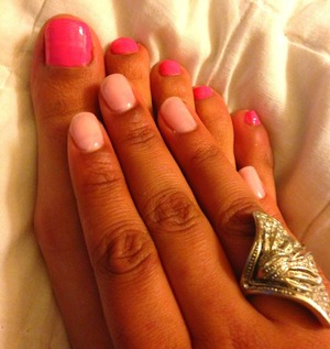 Simplicity|     Pearl Pink manicure and Popping pink for a pedicure.