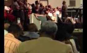 """J. Wright & Promise sing """"I love the Lord"""""""