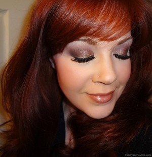 For complete list of products, please visit:  http://www.vanityandvodka.com/2014/01/nyx-cosmetics-palette-en-fuego.html  xoxo, Colleen