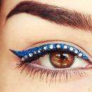 Glitter Eyeliner plus Rhinestones