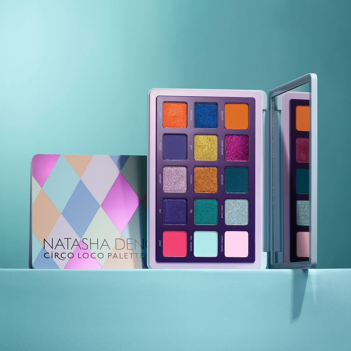 Alternate product image for Circo Loco Palette shown with the description.