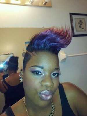 my makeup is a combination of purple and pinks .... with some shimmer !! my hair is the same ! I like to call this FIRE!!