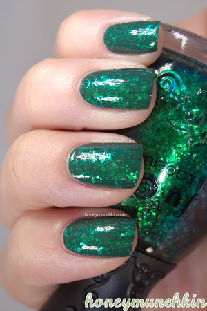Nfu.Oh - 056 over one coat of Gina Tricot Beauty - 84 Forest Night.  Original blog post and more information: http://wp.me/p22GZ2-17l