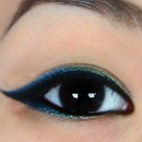 Blue green ombre eyeliner!